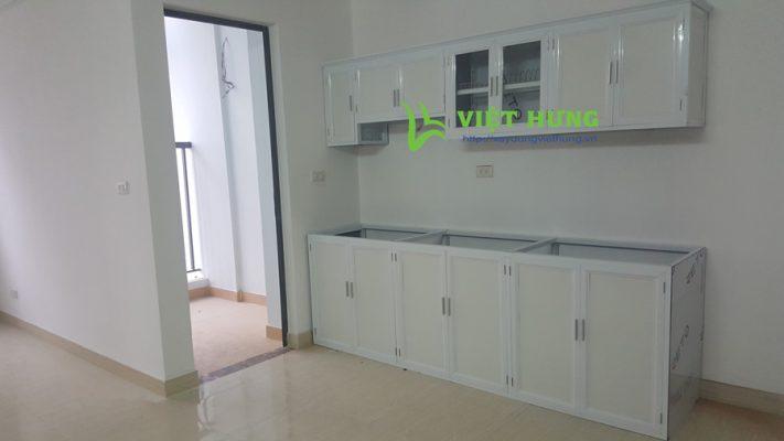 Tủ bếp nhôm kính màu trắng sứ 2 tầng